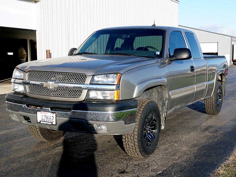 Wide 16 Inch Tires >> 2003 Chevrolet Silverado 1500 - 16x8 Ballistic Wheels 265/75R16 Nitto Tires Rough Country 1.5-2 ...