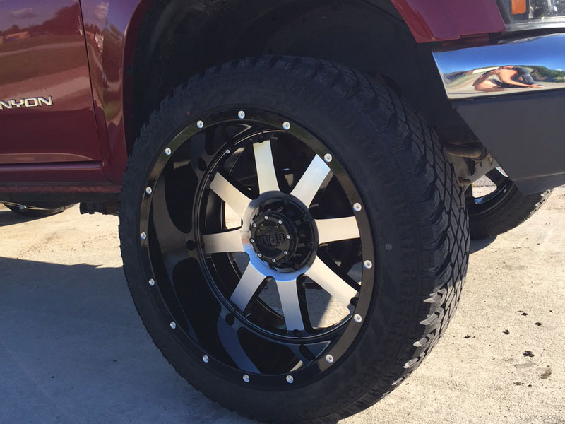 2004 GMC Canyon - 22x12 Gear Alloy Wheels 305/45R22 Atturo ...