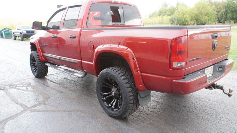 33 12 50 20 >> 2006 Dodge Ram 2500 20x10 Fuel Offroad Wheels 33x12 5r20 Toyo