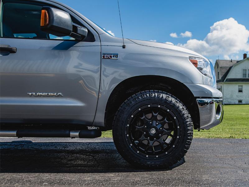 275 60r20 In Inches >> 2007 Toyota Tundra 20x9 Mayhem Wheels 275 60r20 Goodyear Tires