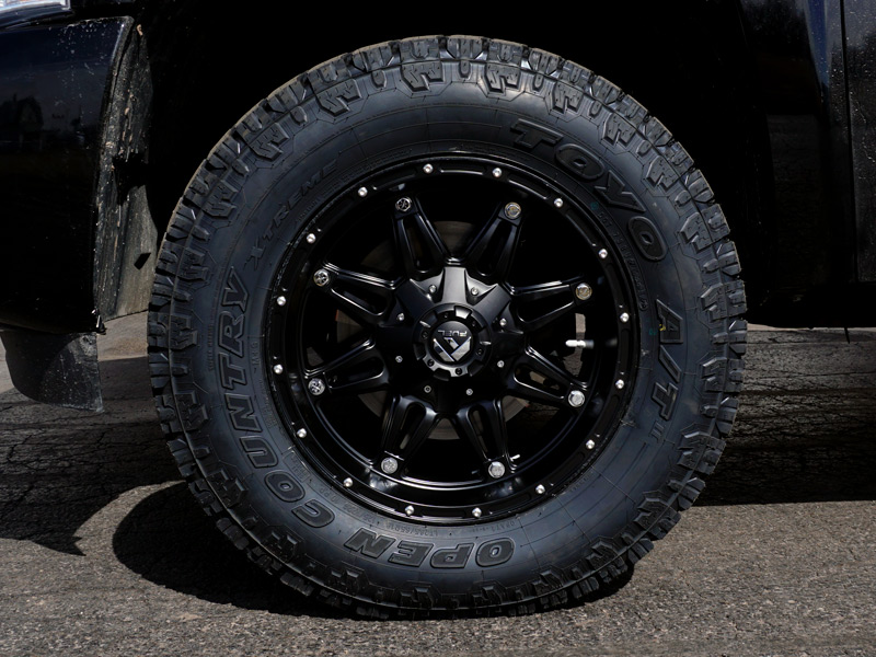 Wholesale Tires Free Shipping >> 2010 Chevrolet Silverado 1500 - 18x9 Fuel Offroad Wheels ...