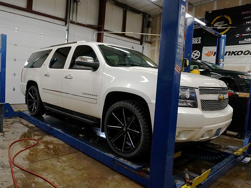 2010 Chevrolet Suburban 1500 24x9 5 Dub Wheels 285 40r24