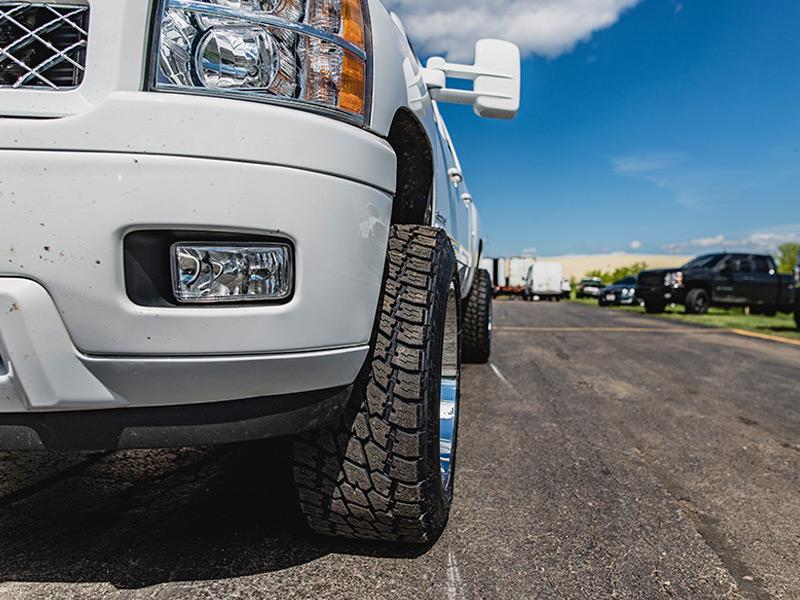 305 55r20 In Inches >> 2013 Chevrolet Silverado 2500 HD 20x12 Hostile Nitto LT305/55R20