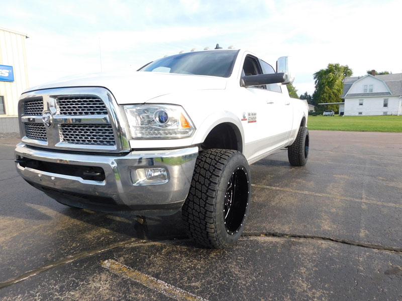 2013 Ram 2500 - 22x12 Gear Alloy Wheels 35x12.5R22 Nitto Tires 3-inch suspension lift kit