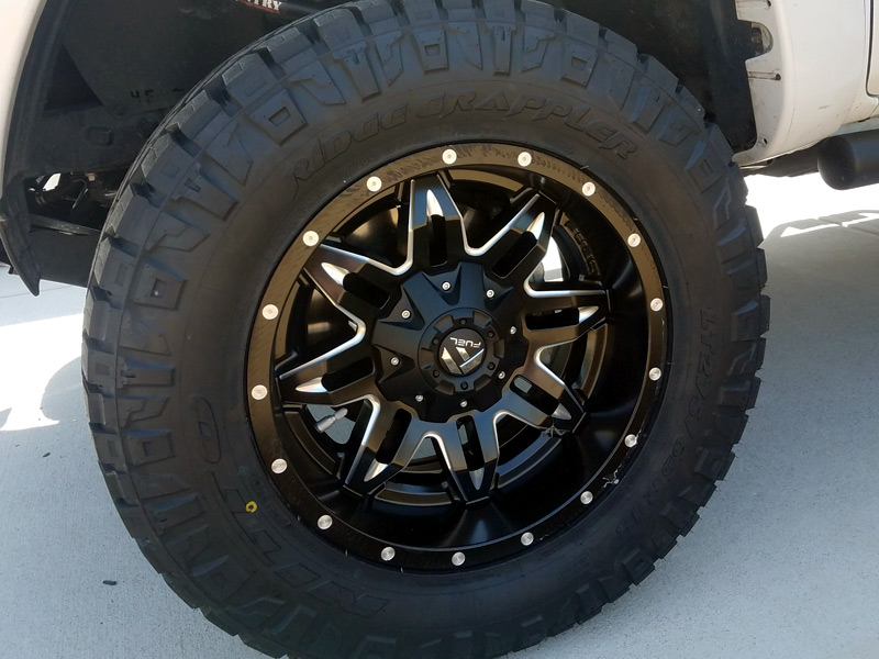 2013 Toyota Tacoma 18x9 Fuel Offroad Nitto Lt275 65r18