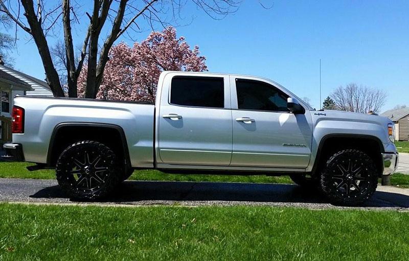 Nitto Grappler Mt >> 2014 Chevrolet Silverado 1500 - 20x9 Fuel Offroad Wheels 285/55R20 Nitto Tires Rough Country 2 ...