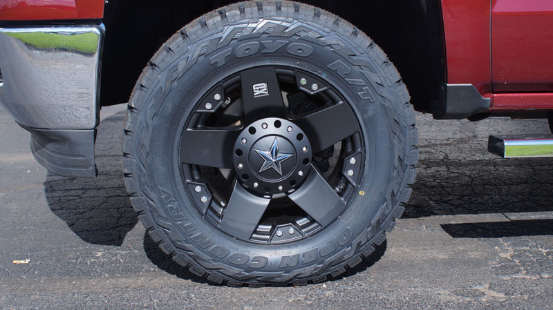 2014 Chevrolet Silverado 1500 18x9 Xd Series Toyo Lt285 65r18