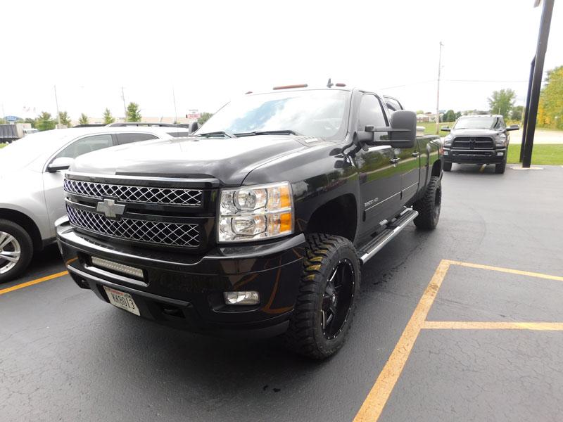 2014 Chevrolet Silverado 2500 HD - 20x10 Fuel Offroad Wheels 295/55R20 Toyo Tires Rough Country ...