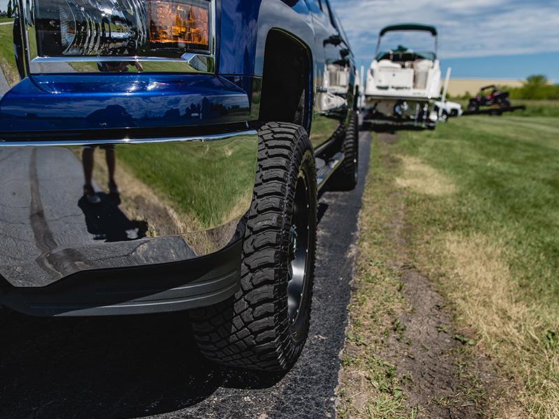 2014 Chevrolet Silverado 1500 20x10 Fuel Offroad Wheels
