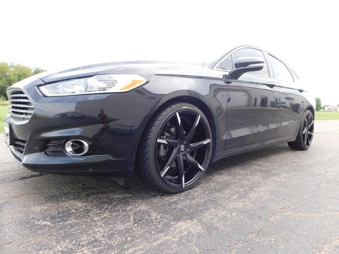 2014 Ford Fusion Tires >> 2014 Ford Fusion 20x8 5 Lexani Wheels 225 35r20 Lexani Tires