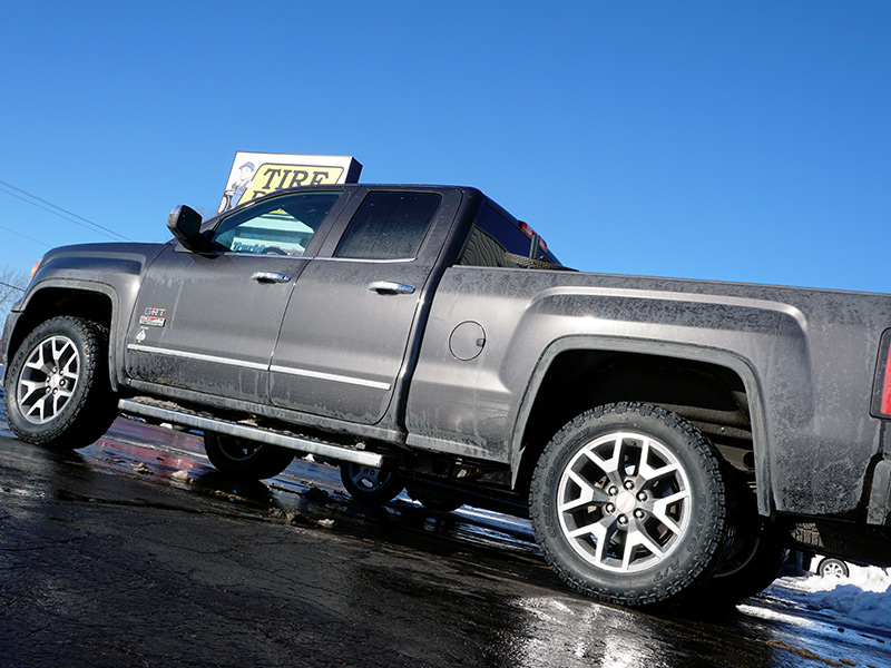 Wholesale Tires Free Shipping >> 2014 GMC Sierra 1500 - 285/55R20 Toyo Tires Rough Country 2-inch Suspension Leveling Kit