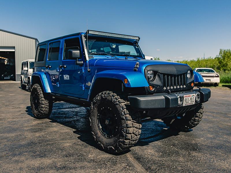 Wide 16 Inch Tires >> 2014 Jeep Wrangler 16x8 Raceline Nitto LT315/75R16