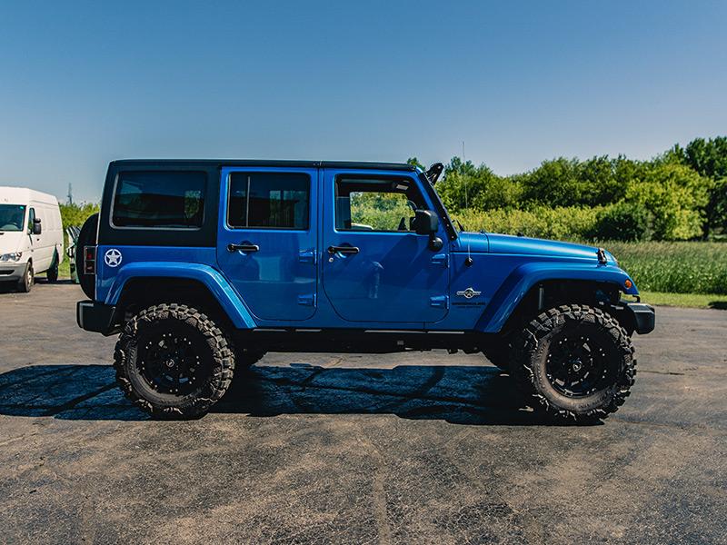 2014 Jeep Wrangler 16x8 Raceline Wheels 315 75r16 Nitto