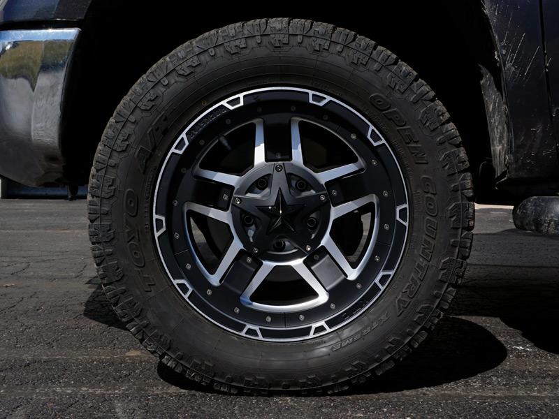 2014 Toyota Tundra 20x9 Xd Series Wheels 305 55r20 Toyo