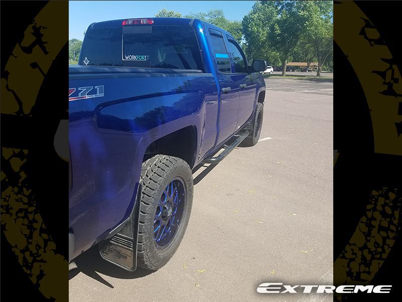 2014 Chevrolet Silverado 1500 - 20x9 XD Series Wheels 33x12