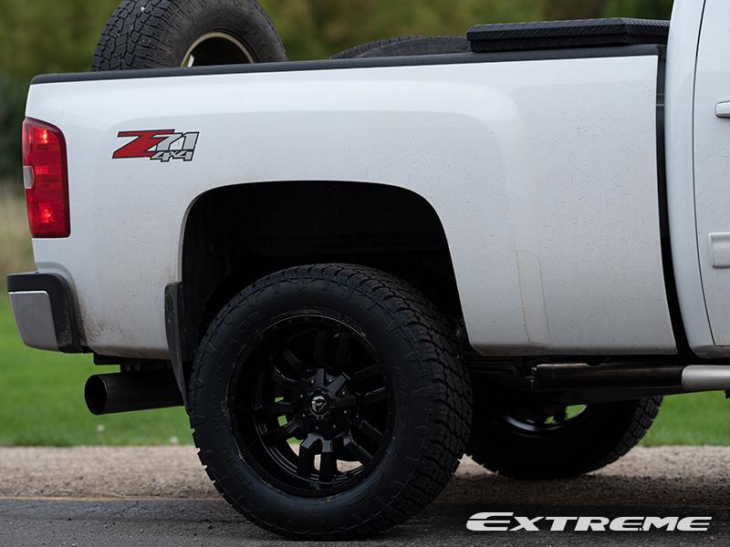 2014 Chevrolet Silverado 2500 HD - 20x10 Fuel Offroad ...