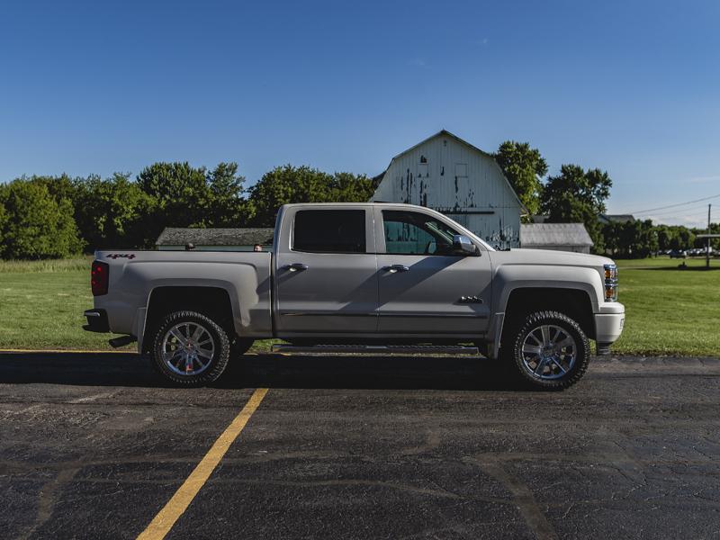 305 55r20 In Inches >> 2015 Chevrolet Silverado 1500 305 55r20 Atturo Tires Rough