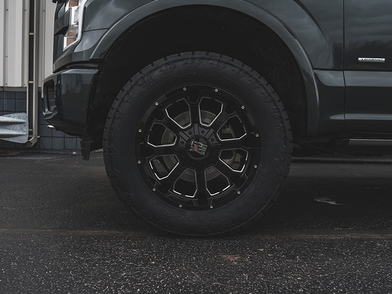 2015 Ford F 150 2 5 Inch Leveling Kit Rough Country Xd Series Buck 20x9 +00 Offset 20 By 9 Inch Wide Wheel Nitto Terra Grappler G2 305 55r20 Tire