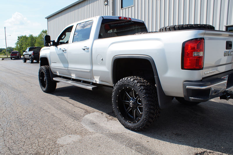 2015 GMC Sierra 2500 HD - 22x10 Fuel Offroad Wheels 35x12.5R22 Nitto Tires BDS 4.5-inch