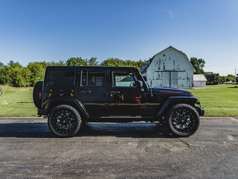 2015 Jeep Wrangler Fuel Offroad Lethal 20x9 +01 Offset 20 By 9 Inch Wide  Wheel