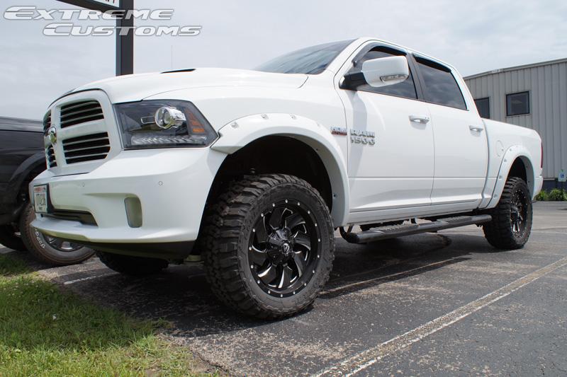 2016 Ram 1500 20x9 Fuel Offroad Wheels 33x12 5r20 Federal Tires