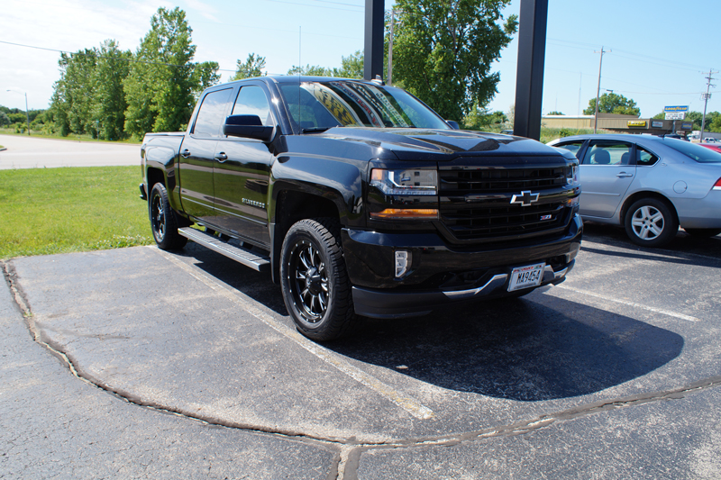 2016 Chevrolet Silverado 1500 With 2 Inch Leveling Kit Fuel Offroad Throttle D513 20x9 20 By 9 +20 Offset Wheels Cooper Discoverer At3 285 55 20 Tires.