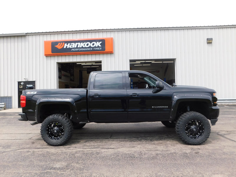 2016 Chevrolet Silverado 1500 18x9 Fuel froad Federal