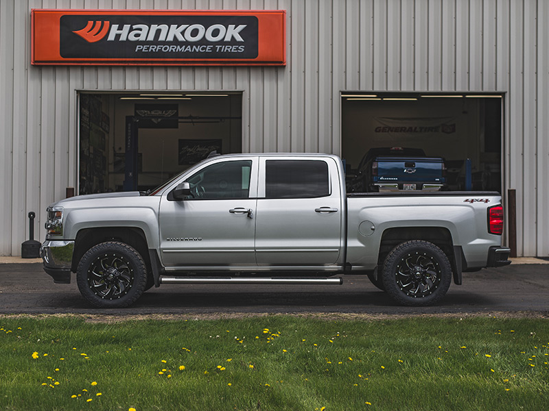 2016 Chevy Silverado 1500 2 Inch Leveling Kit Rough Country Fuel Offroad Cleaver 20x9 1
