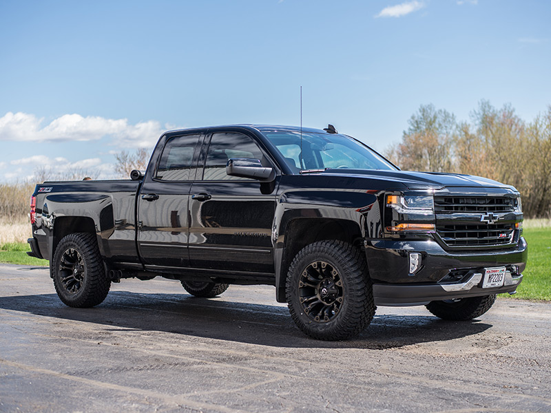 2016 Chevy Silverado With2 Inch Leveling Kit Fuel Offroad Vapor 18x9 12 Offset 18 By 9