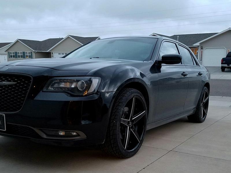 Re Chrome Rims >> 2016 Chrysler 300 - 22x9 Lexani Wheels 265/35R22 Nankang Tires