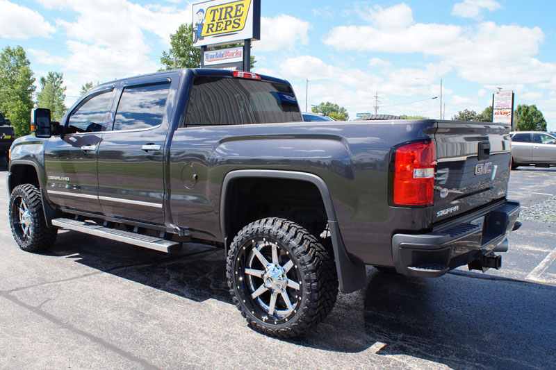 2016 GMC Sierra 2500 HD - 22x10 Fuel Offroad Wheels 33x12 ...