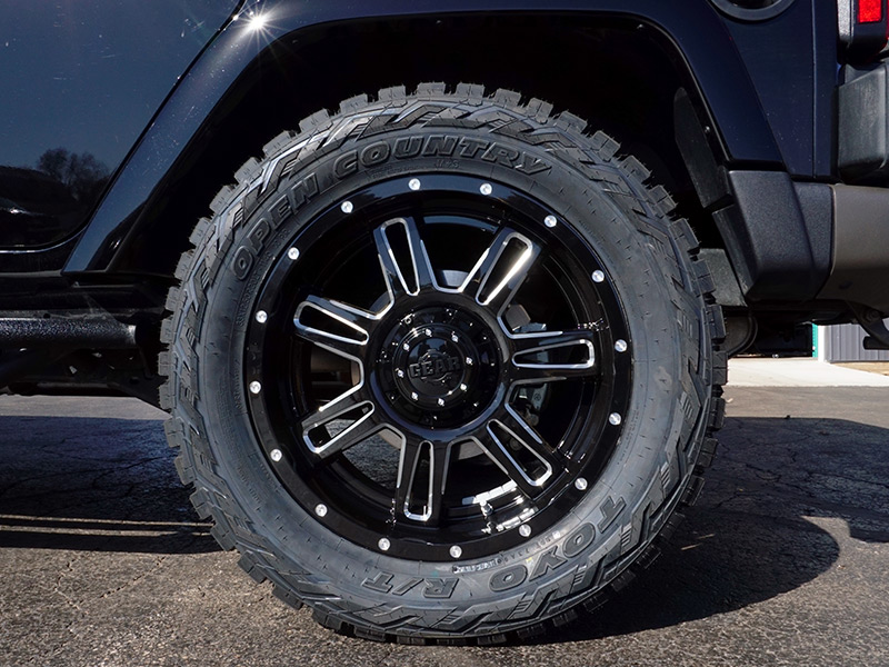 2016 Jeep Wrangler With 20x9 Gear Alloy Lt33x12 5r20 Toyo