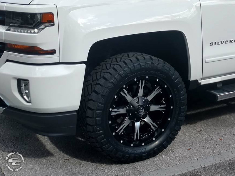 2017 Chevrolet Silverado 1500 20x9 Fuel Offroad Wheels
