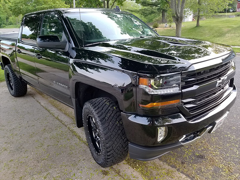2017 Chevy Silverado With 2 5 Inch Leveling Kit Ultra Hunter 203 Bm 18x9  12 Offset 18 By 9 Inch Wide Wheel Atturo Trail Blade Xt 33 12 5r18 Tire