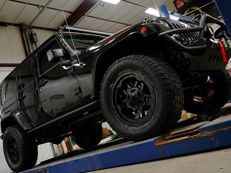 2017 Jeep Wrangler 2 3 Inch Lift Kit Xd Series Rockstar Iii Xd827mb  12 Offset 20 By Inch Wide Wheel Nitto Terra Grappler G2 35x12.50r20