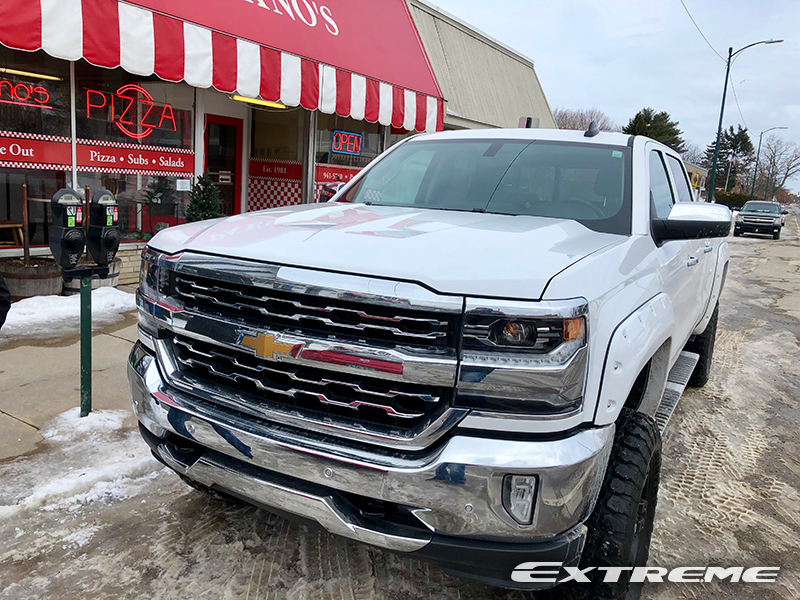 2018 Chevy Silverado 18x9 1 Ironman Mt 35x12.5r18 Rough Country.