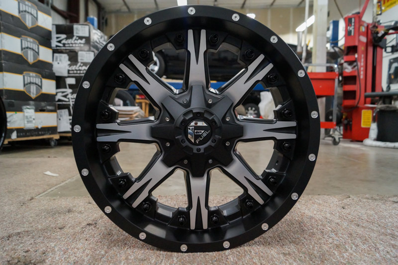 Fuel Wheels 20x9 >> Fuel Offroad Nutz D541 Machined 20x9 14 D54120909855